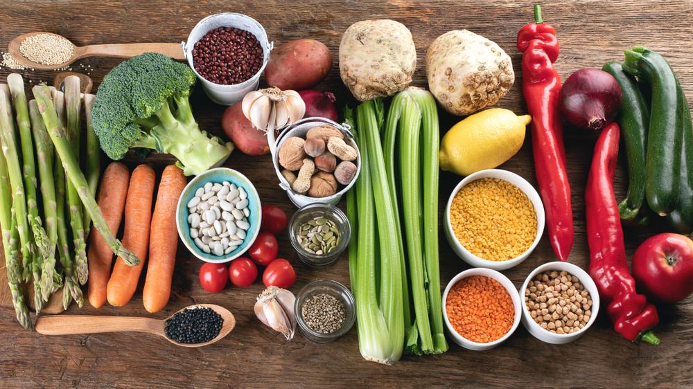 Ingestas Nutricionales de Referencia para la población española: informe del Comité Científico de la Agencia Española de Seguridad Alimentaria y Nutrición