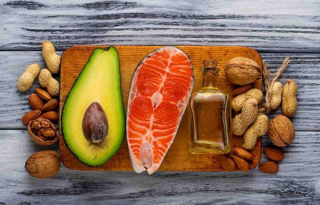 frutos secos y pescado